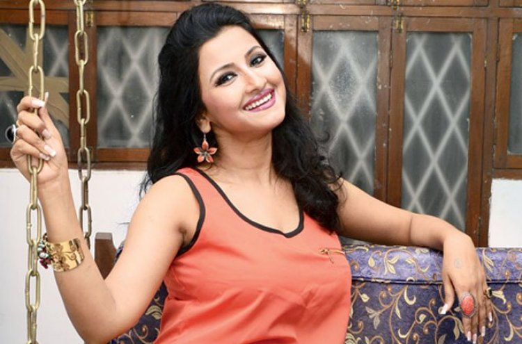 Rachana Banerjee Biography, Age, Height, Weight, Family, Caste, Wiki & More
